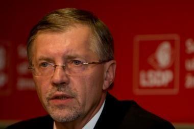 G.Kirkilas savo vadovautos Vyriausybės klaidų neįžvelgia