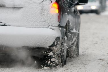 Klaipėdos r. gelbėtojai traukė iš sniego mašinas