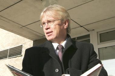 Ministras D.Jankauskas ragina mažiau skolintis