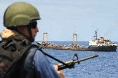 Somalio piratai ukrainiečių laivo nepaleidžia