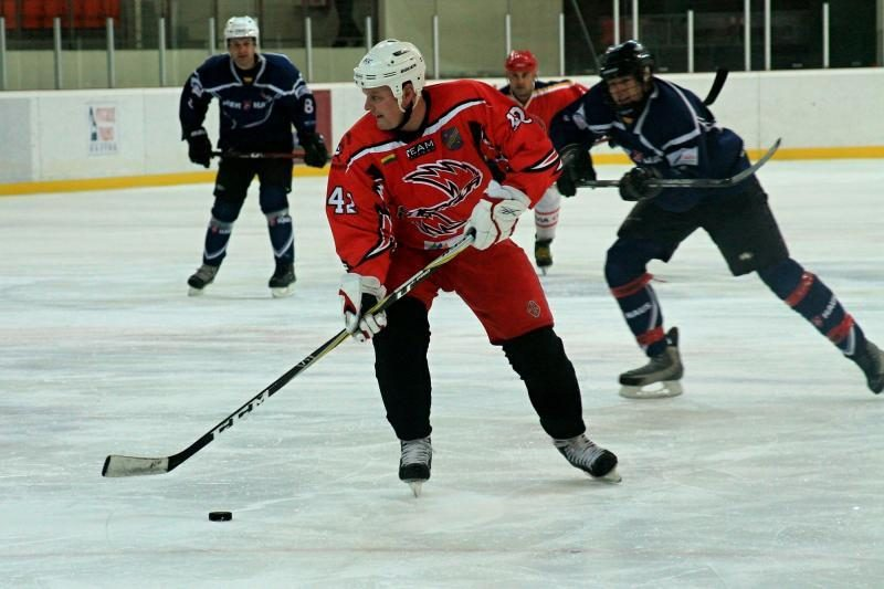 Nacionalinėje ledo ritulio lygoje – įspūdinga Klaipėdos klubų kova