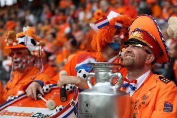 Bukmekeriai prognozuoja olandų sėkmę
