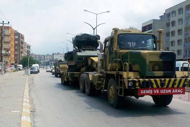 Turkija prie Sirijos sienos dislokuoja raketų baterijas