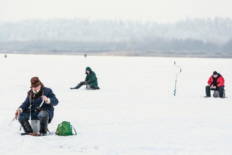 Nesibaigianti žiema paliks žvejus be pagrindinio uždarbio