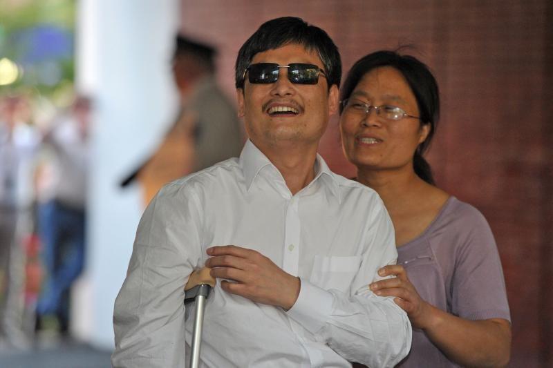 Neregys Kinijos disidentas aktyvistas užbaigė odisėją į JAV