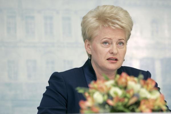Prezidentė su Pasaulio lietuvių vadove aptars pilietybės klausimus