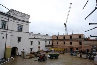 Valdovų rūmų atstatymo darbai nuo rugsėjo smarkiai sulėtės