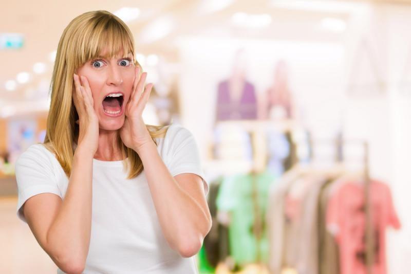 Prancūzė Naujuosius metus sutiko užrakinta prekybos centre