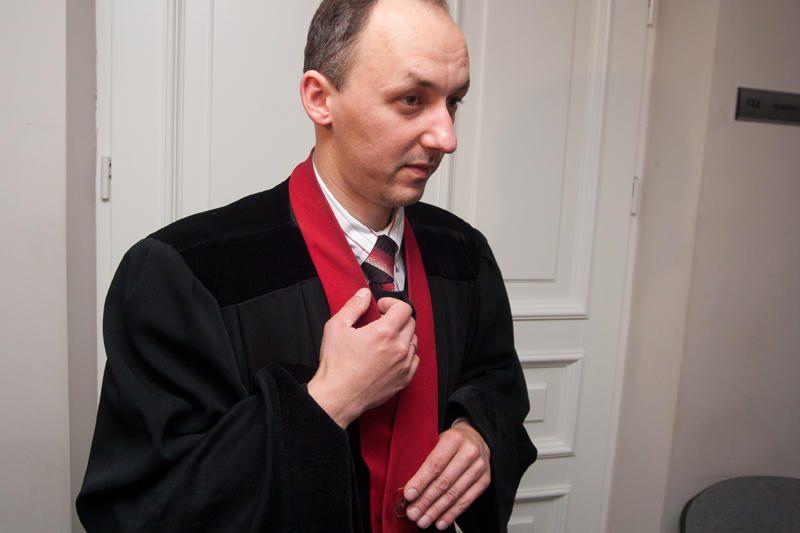 Iš prokuratūros pasitraukė rezonansines bylas tyręs prokuroras