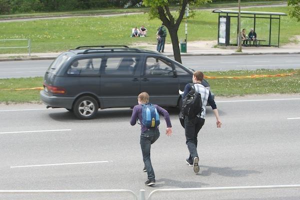 Susisiekimo ministras ragina pasirūpinti vaikų saugumu kelyje