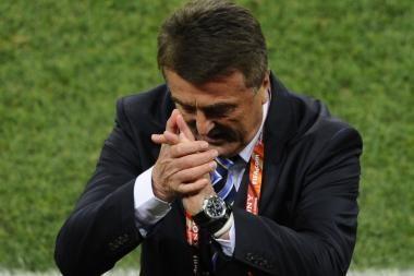 FIFA suspendavo Serbijos rinktinės trenerį už teisėjo kritiką