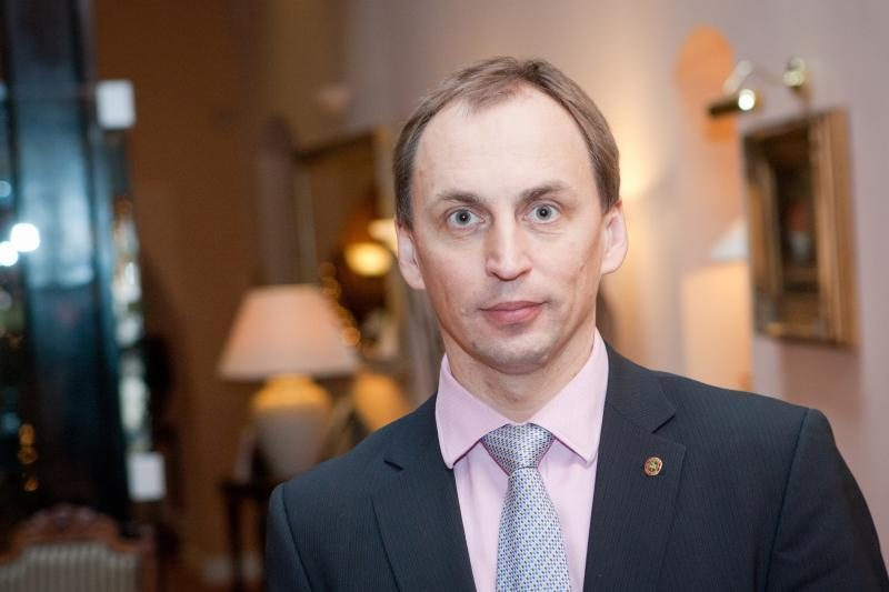 Ūkio ministras leido Ž.Plytnikui dėstytojauti