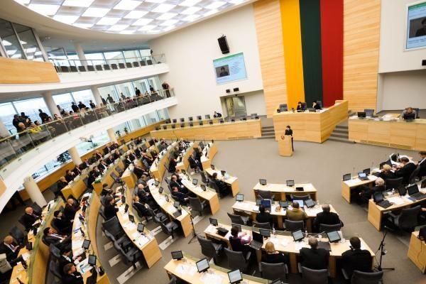 Seime siūloma diskutuoti apie ES finansų padėtį