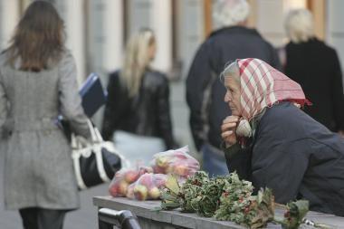 Lietuvoje pensininkui per metus trūks beveik 10 tūkst. litų