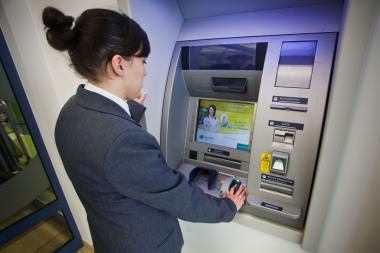 Pirmasis Europoje biometrinis bankomatas įdiegtas Varšuvoje