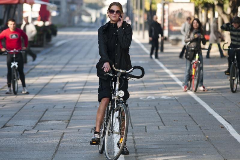 Ar Kauną apraizgys dar du dviračių takai?