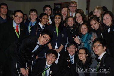 Pasaulio moksleivių debatų čempionate diskutuota intymiomis temomis