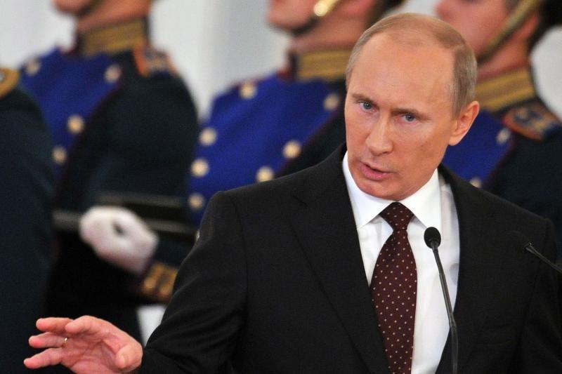 """V. Putinas padovanojo H. Chavezui šuniuką """"Rusą"""""""