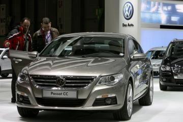 Liepą naujų automobilių rinka išvengė nuosmukio