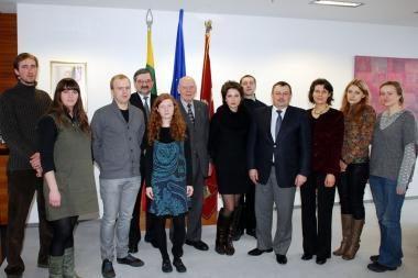 Jauniesiems kūrėjams - 1 tūkst. litų mero stipendijos