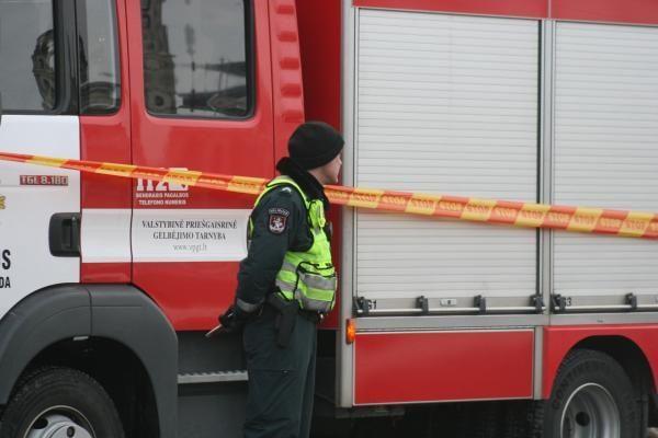 Pirmadienio gaisruose žuvo du žmonės