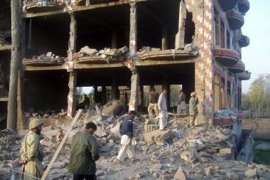 Pakistanas: amerikiečių raketos smogė kaimui
