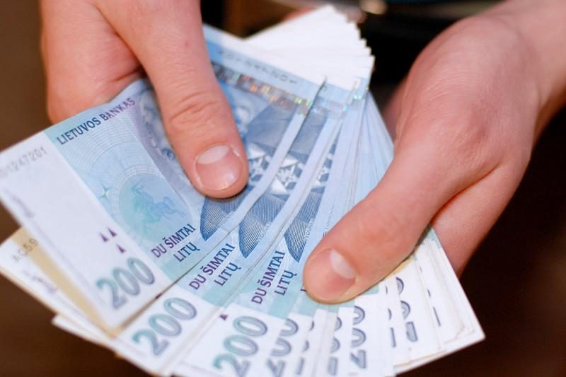 Sukčiui ukmergiškis atidavė 3,5 tūkst. litų