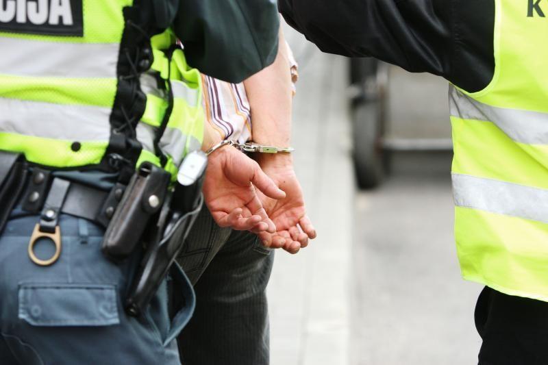Sulaikytas narkotikų platinimu įtariamas Visagino gyventojas