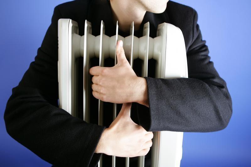 Atsakomybės dėl šilumos įstatymo neprisiima ir rodo vieni į kitus