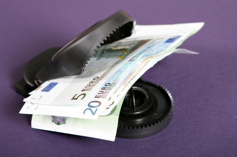 ES finansų ministrai susitarė rekapitalizuoti bankus