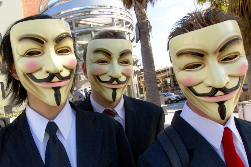 """""""Anonymous"""" atakos buvo privertusios uždaryti CŽV tinklalapį"""