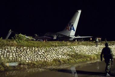 Jamaikoje lėktuvui patyrus avariją, sužeista 40 žmonių