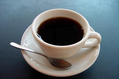 Geriant kavą galimai mažėja savižudybės rizika