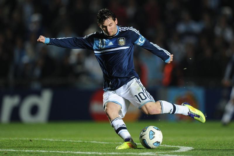 Gimtajame mieste užpultas futbolininkas L.Messis