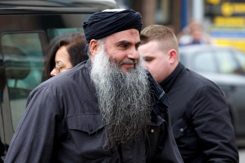 Įtariamas teroristas Abu Qatada paleistas iš Britanijos kalėjimo