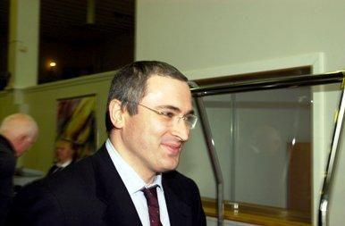 Teismas pratęsė M.Chodorkovskio ir P.Lebedevo kalinimą