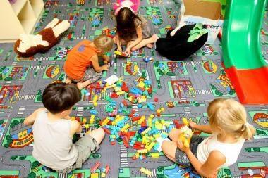 Darbietis Seime siūlo įrenti vaikų žaidimų kambarį