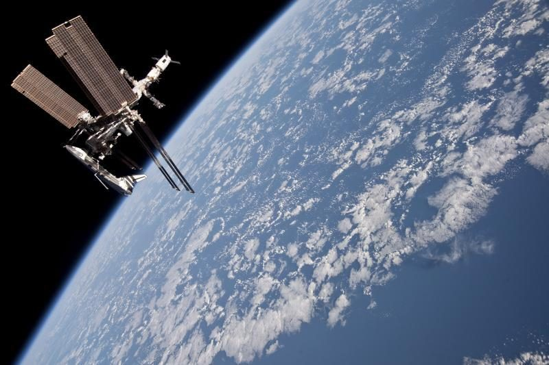 Kaip astronautas TKS vandens ir oro burbulus pūtė