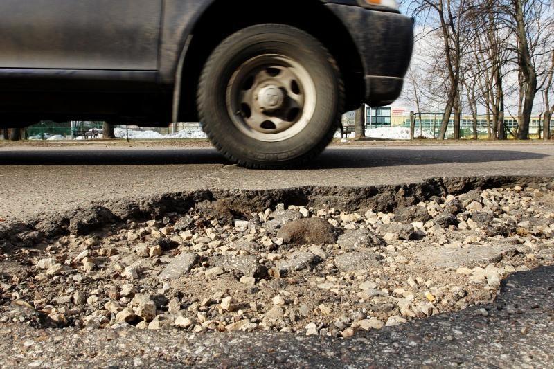 Draudikai: automobiliai labiausiai nukenčia Kauno gatvėse