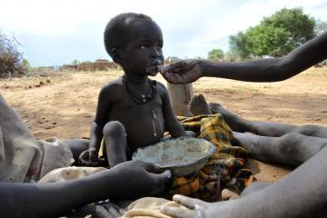 Daugiau kaip 900 mln. žmonių pasaulyje kenčia badą