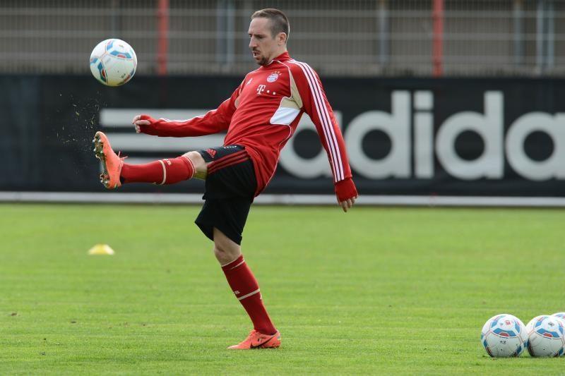 """""""Bayern"""" mače su """"Arsenal"""" žais be F.Ribery, dėl A. Robbeno - nežinia"""