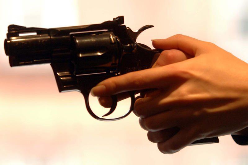 Kėdainių  rajone  apšaudytas  vilkikas