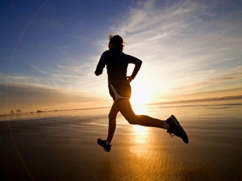 7 būtiniausios maisto medžiagos sportuojantiems žmonėms