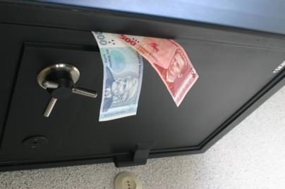 Vagys išnešė ir seifą, ir kompiuterį