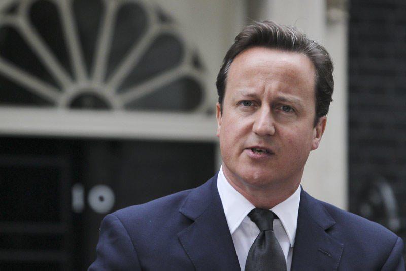 Ar pažadės D.Cameronas britams referendumą?