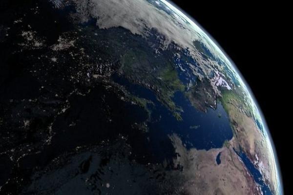 Vis dar atsiranda tikinčių, kad Žemė yra plokščia