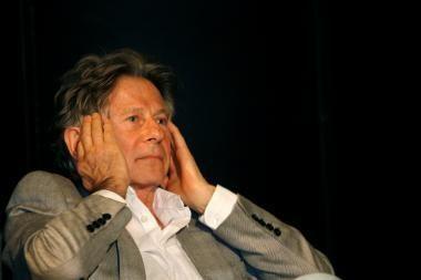 Režisierius R.Polanskis bus paleistas už užstatą, bet liks stebimas