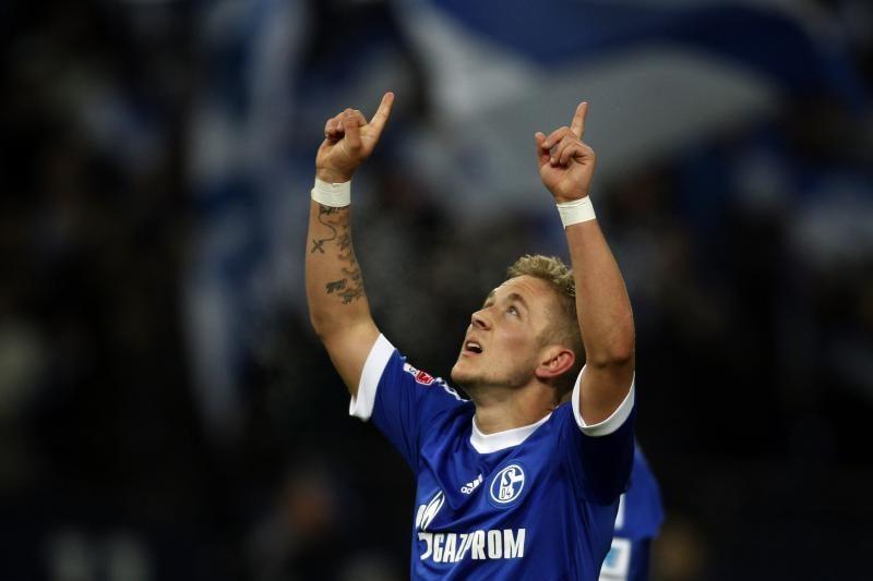 """""""Bundesliga"""": 9 įvarčių fiestoje Vokietijoje triumfavo""""Schalke"""""""