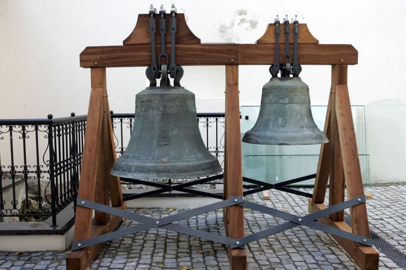 Vakarų Lietuvos bažnyčiose žinią apie naująjį popiežių skelbė varpai