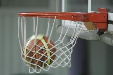 Rezervinė rinktinė nepasigailėjo Kinijos krepšininkų